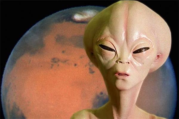 Người ngoài hành tinh đang phát tín hiệu thăm dò chúng ta?
