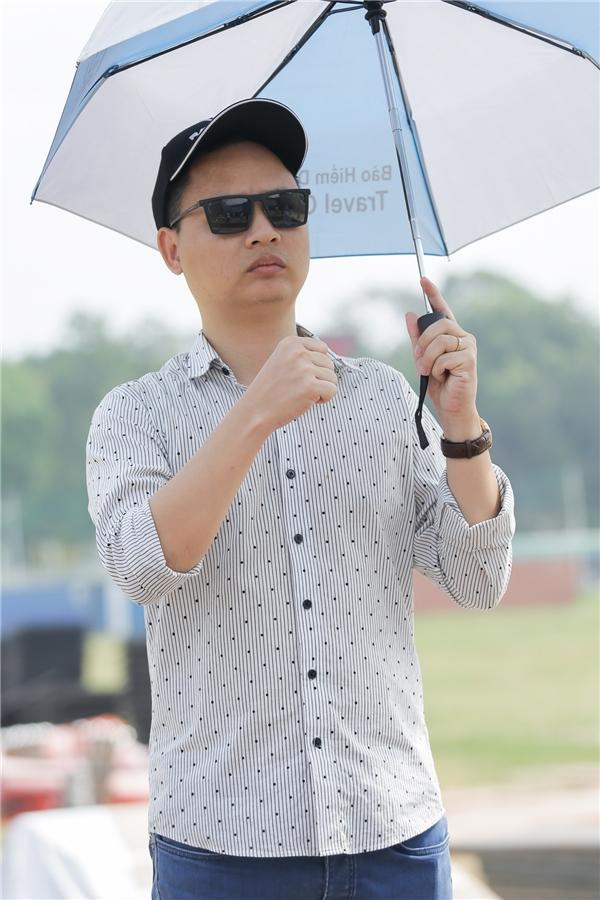 Soobin Hoàng Sơn lái