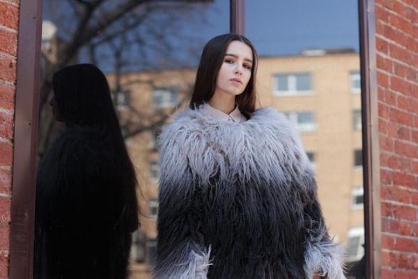 """""""Bóng hồng"""" Tây xinh đẹp nữa là Aleksandra, cô nàng sinh năm 1990 đến từ Ba Lan."""
