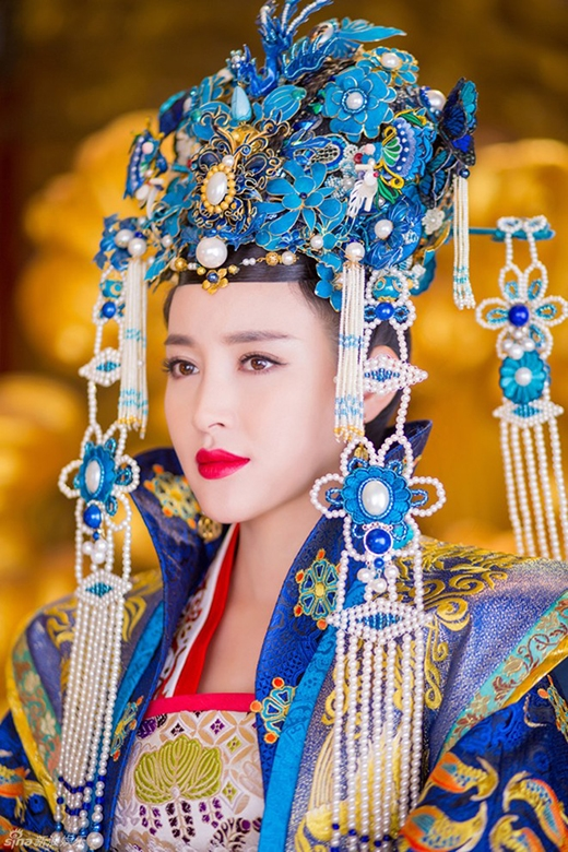 Quyền uy trong vai thái hậu của Bao Thanh Thiên - Khai phong phủ truyền kỳ.