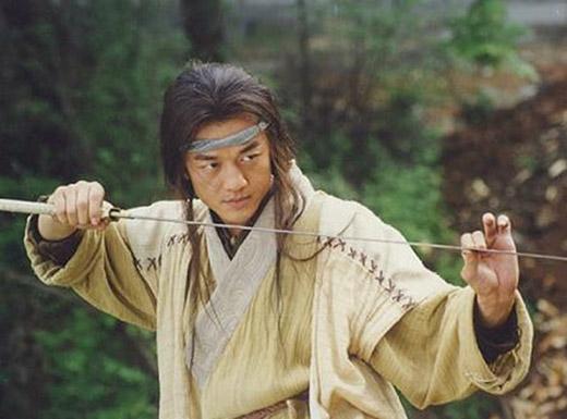 Lệnh Hồ Xung của Lý Á Bằng gây sốt một thời trên màn ảnh.