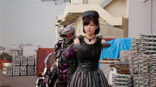 Fumika tham gia diễn xuất trong phim Kamen Rider Drive.