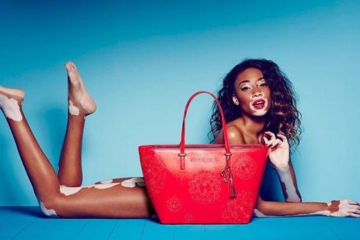 Cô cũng là một trong những gương mặt đại diện sáng gia cho các nhãn hàng thời trang nổi tiếng hiện nay.