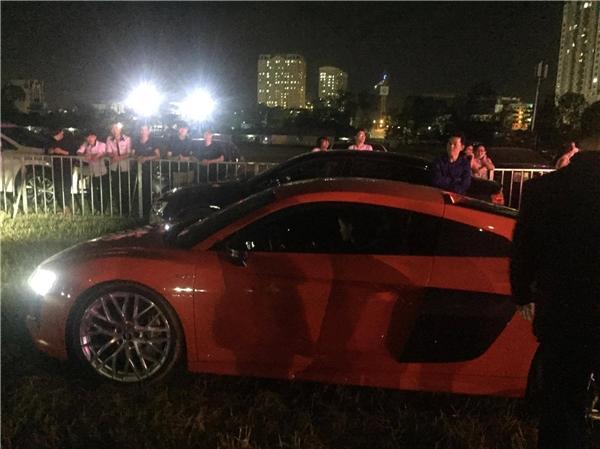 Vừa tậu siêu xe, Đông Nhi đã tự mình lái xe để đến dự một sự kiện trao giải âm nhạc. - Tin sao Viet - Tin tuc sao Viet - Scandal sao Viet - Tin tuc cua Sao - Tin cua Sao