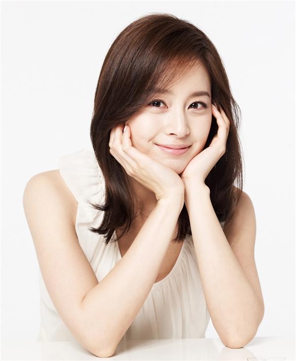 Kim Tae Hee được mệnh danh là nữ hoàng quảng cáo của Hàn Quốc.
