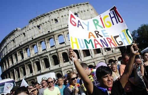 Biểu tình đòi quyền lợi cho người đồng tính tại Ý. (Ảnh: Internet)