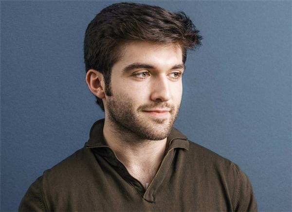 John Meyer từng là cái tên gây chú ý khi từ chối lời mời làmthực tập sinh tại Apple vào năm 19 tuổi. (Ảnh:Playbuzz)