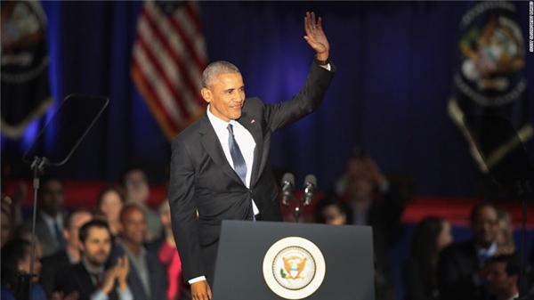 Barack Obama đã có bài phát biểu chia tay tại quê nhà với sự tham dự của hàng ngàn người.