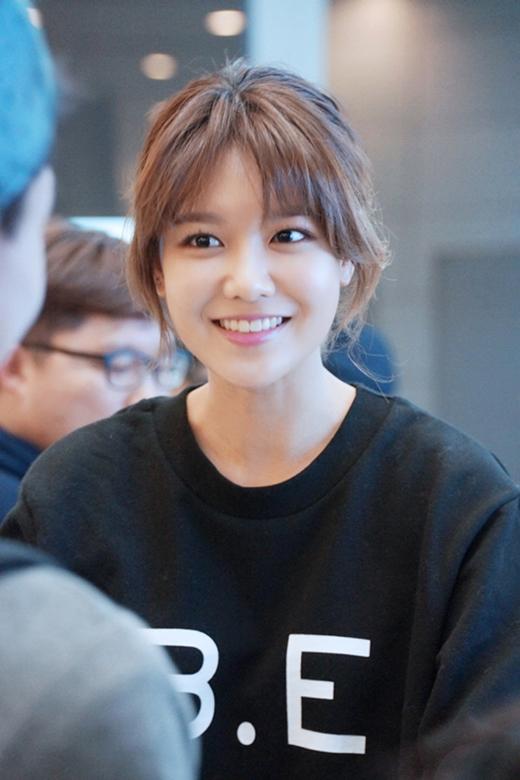 SooYoung cũng đã tự thiết kế logo và các mặt hàng quần áo phục vụ cho sự kiện.