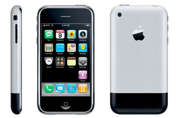 iPhone 2G (ra mắt ngày 9/1/2007). (Ảnh: internet)