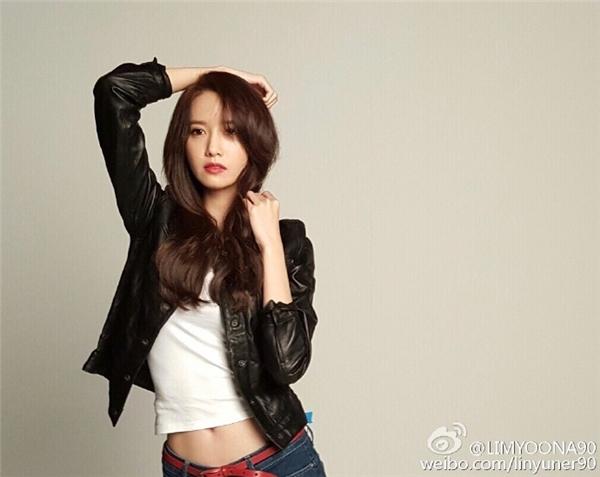Nữ ca sĩ đặc biệt để lại nhiều ấn tượng tốt với fan Trung Quốc.