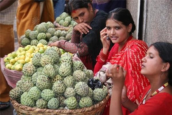 Tất cả điện thoại được bán ở Ấn Độ phải bổ sung một nút gọi khẩn cấp. (Ảnh: internet)