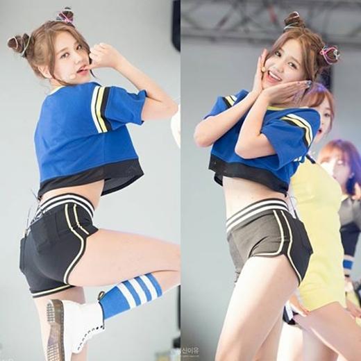 Mặc dù đáng yêu nhưng Hyejeong vẫn không quên....sexy.