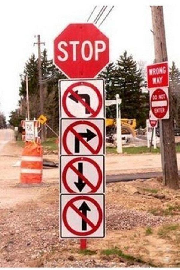 Cấm đi tất cả mọi hướng