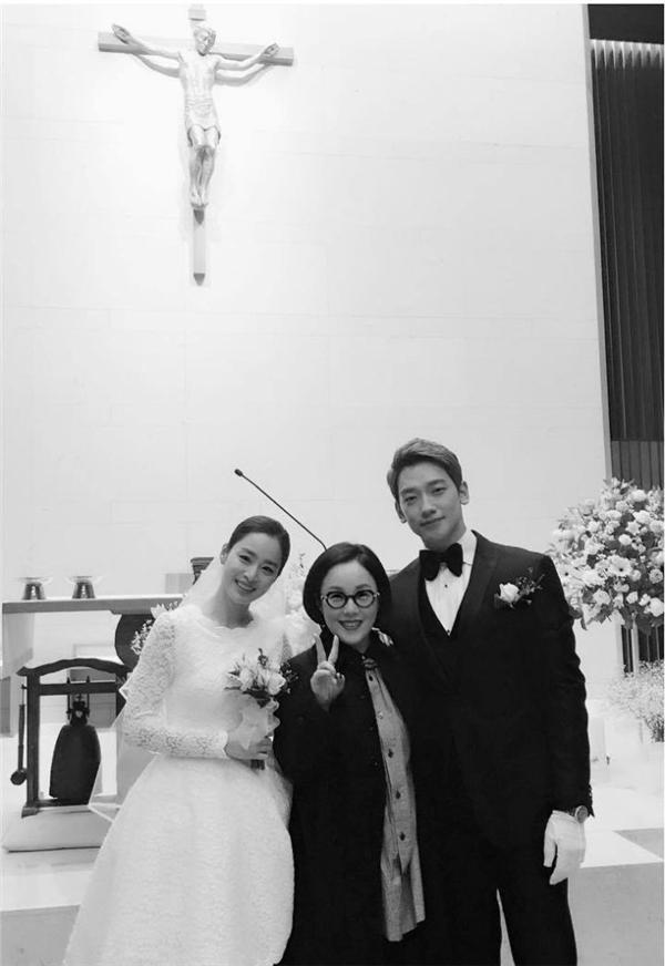 """Rain và Kim Tae Hee đi trăng mật, không có chuyện """"cưới chạy bầu"""""""