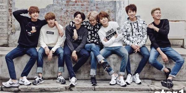 BTS có tên tiếng Hàn là Bangtan Sonyeondan.