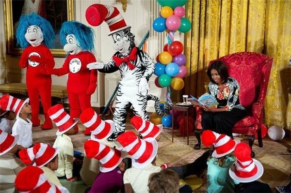 Bà Michelle đọc truyện cho những đứa trẻ tại Nhà Trắng ngày 21/1/2015.
