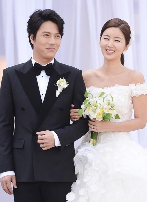 Điểm danh 10 cặp vợ chồng quyền lực nhất làng giải trí Hàn Quốc