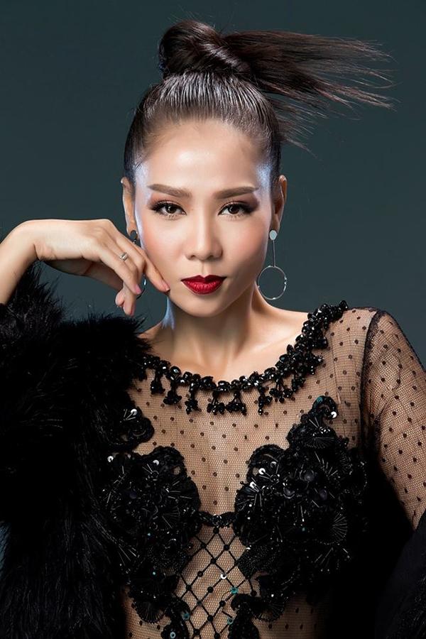 Trong năm 2017, Thu Minh sẽ trở lại vị trí huấn luyện viên của một chương trình truyền hình thực tế. Và cô cũng hứa hẹn sẽ tung ra ít nhất là 1 album trong năm nay.