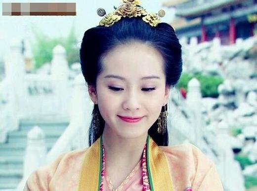 Lưu Thi Thi khiến khán giả khó quên trong hình tượng nàng công chúa Gia Nghi hoạt bát, hay cườicủa Thiên Nhai Chức Nữ.