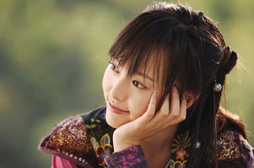 Nàng Tử Huyên - Đường Yên đốn tim biết bao khán giả với nụ cười rạng rỡ, rực nắng trong phimTiên kiếm kỳ hiệp truyện 3