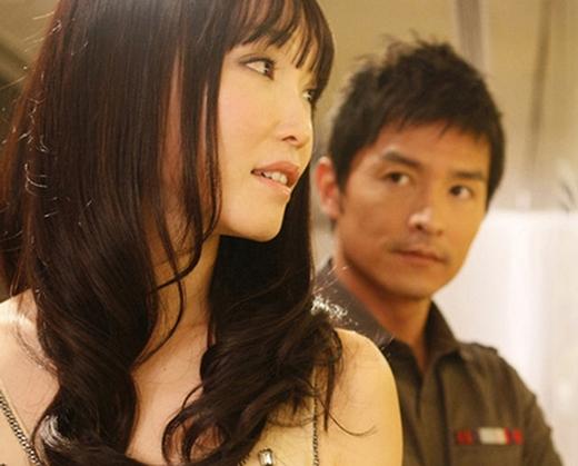 Biết người con gái mình thương đã có người yêu, Lý Minh Thuận vẫn âm thầm theo dõi và chúc phúc cho cô.
