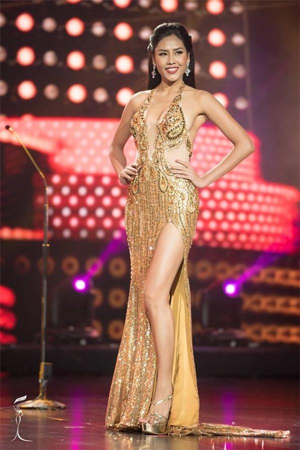 Nguyễn Thị Loan ghi được 1 điểm: lọt top 20 Hoa hậu Hòa bình Quốc tế.