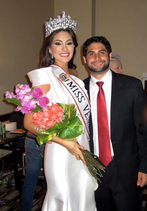 Thời điểm Maria Gabriela Isler đăng quang Miss Universe 2013, họ đã hẹn hò với nhau được 2 năm. Trong suốt hơn 3 tuần thi đấu tại Nga, Maria Gabriela Isler luôn được sự cổ vũ hết mình từ phía gia đình, đặc biệt là bạn trai. Alberto cho biết rất tự hào về bạn gái. Tuy nhiên, sau năm 2013, thông tin về cặp đôi này không còn xuất hiện nhiều trên báo chí. Việc còn chung đường của họ hay không vẫn còn là dấu chấm hỏi lớn trong lòng khán giả.