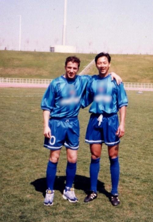 Huỳnh Đức và danh thủ Del Piero.