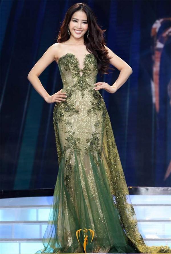 Nam Em - Top 8 Hoa hậu Trái đất: mang về 126 điểm