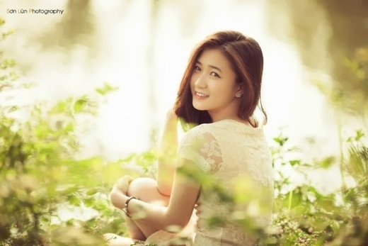 Cô nàng còn từng được ví như bản sao của Yoona.   Dù không cần mặt V-line nhưng Trâm Anh vẫn siêu xinh.