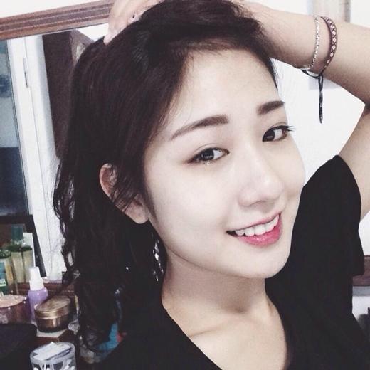 Trang Lou cũng là một trong những cô nàng không cần đến mặt V-line nhưng vẫn khiến người ta nhìn mãi chả chán.