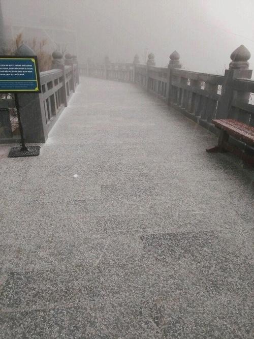 Sa Pa xuất hiện mưa đá, dự kiến sẽ có tuyết rơi?