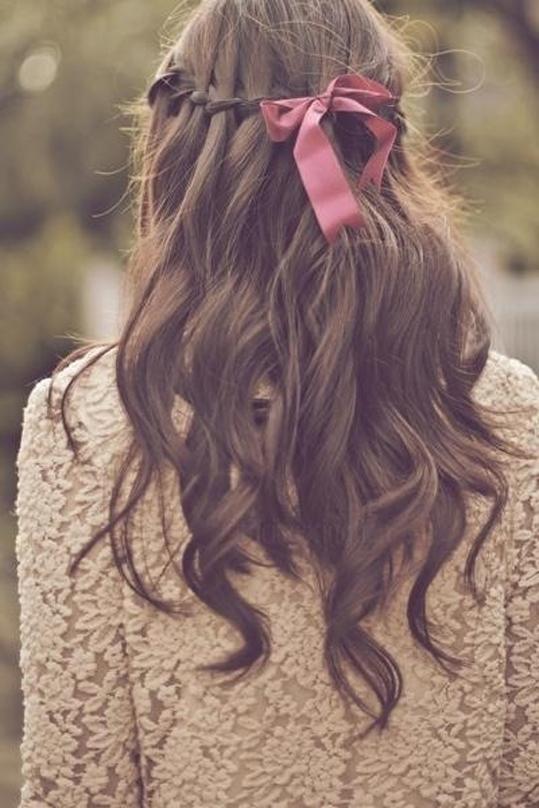 Thử thay đổi một chút với tóc tết xem, bạn sẽ ngạc nhiên đấy!
