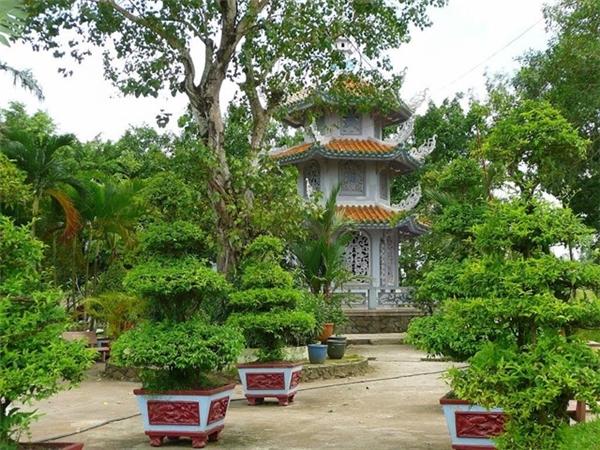 Chùa Bát Bửu Phật Đài được nhiều người tin tưởng đếncầu tình duyên. (Ảnh: Instagram/Duc Thanh Bui)