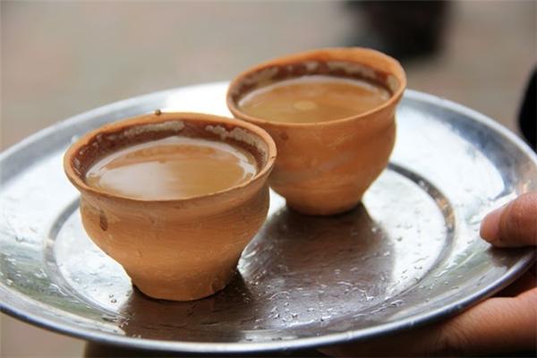 Ấn Độ: 6 tách trà Chai (tên một loại trà thảo mộc)