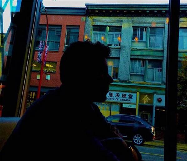 Cory Monteith được một người bạn chụp tấm ảnh này khi đang ăn tối tại Vancouver vào tháng 7 năm 2013. Chỉ hai ngày sau, anh qua đời vì dùng thuốc quá liều.