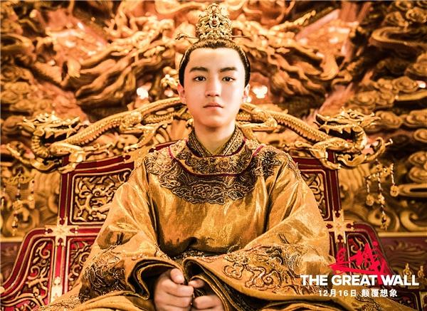 TFBoys Vương Tuấn Khải dự thi vào trường cũ của Triệu Vy, Dương Mịch