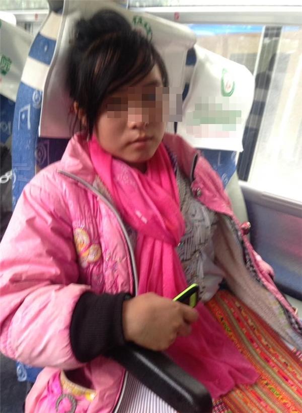 """Cô bé 13 tuổi đãthoát khỏi """"động quỷ"""" sau 2 ngày 2 đêm chạy trốn."""
