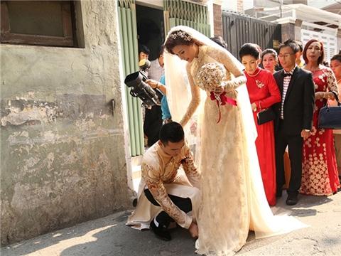 Điểm danh những quý ông showbiz ngọt ngào, lãng mạn nhất với vợ - Tin sao Viet - Tin tuc sao Viet - Scandal sao Viet - Tin tuc cua Sao - Tin cua Sao