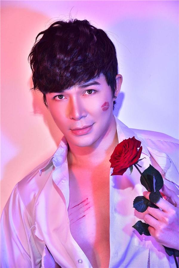 Nathan Lee bầm dập, tơi tả trong ngày lễ tình nhân - Tin sao Viet - Tin tuc sao Viet - Scandal sao Viet - Tin tuc cua Sao - Tin cua Sao