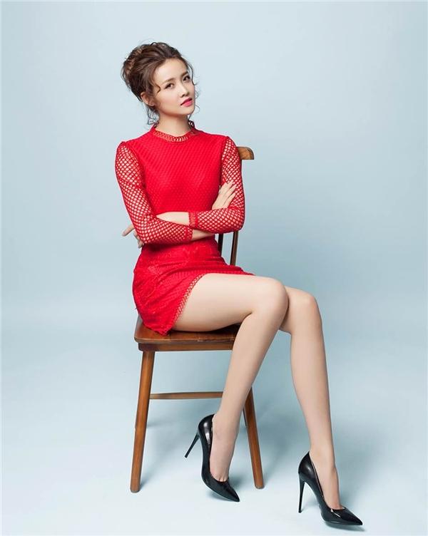 Trương Mỹ Nhân từng đoạt danh hiệu cao nhất là giải vàng Siêu mẫu châu Á 2015. Tuy nhiên, sau khi đăng quang người đẹplại không chọn thời trang mà cố gắng từng ngày để tập trung cho sự nghiệp ở lĩnh vực điện ảnh.