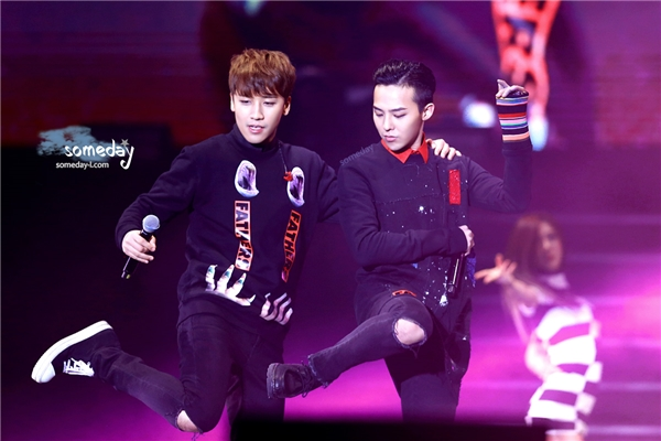 Các fan Hà Nội chuẩn bị gặp G-Dragon và Seungri vào ngày mai?
