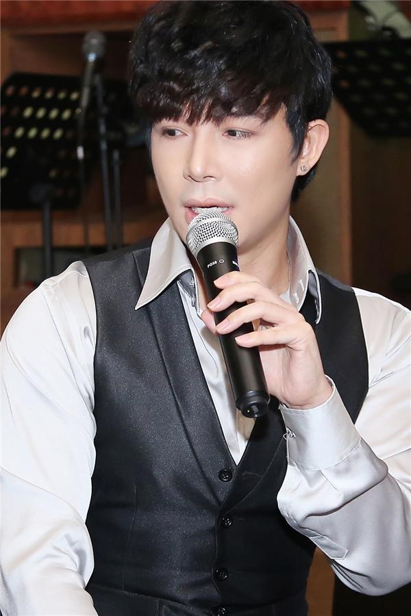 Nathan Lee được khen là ca sĩ hát tiếng nước ngoài hay nhất showbiz - Tin sao Viet - Tin tuc sao Viet - Scandal sao Viet - Tin tuc cua Sao - Tin cua Sao