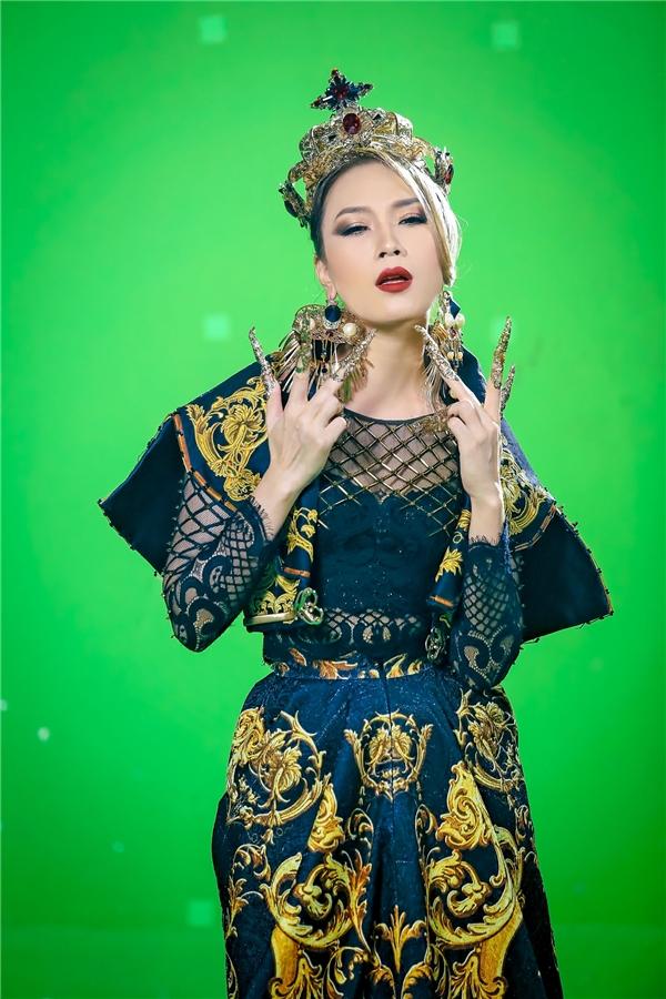 Quay clip xin lỗi nhạc sĩ Vũ Xuân Hùng, Mỹ Tâm được khán giả ủng hộ - Tin sao Viet - Tin tuc sao Viet - Scandal sao Viet - Tin tuc cua Sao - Tin cua Sao
