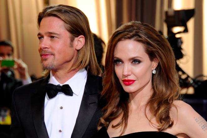 Hiện Angelina vẫn đang hoàntất thủ tục hôn nhân với Brad Pitt.