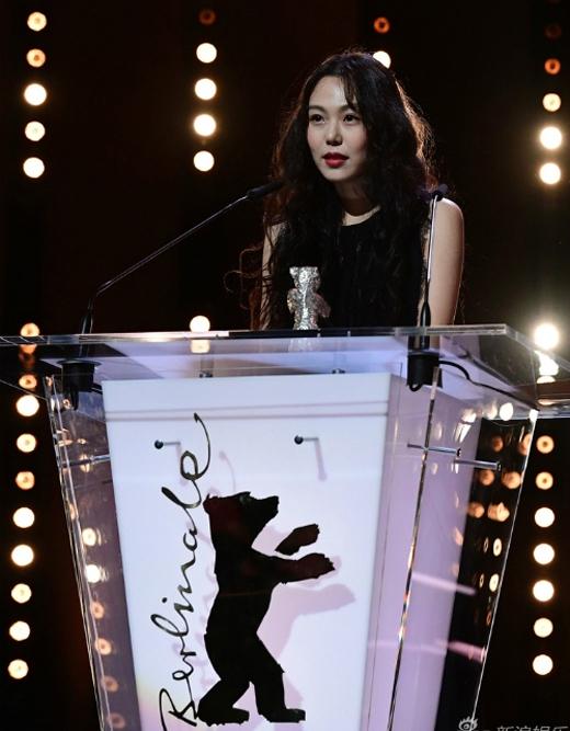 """Kim Min Hee khẳng định: """"Tôi yêu Hong Sang Soo""""."""