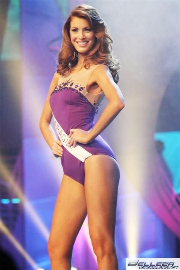 Liên quan đến việc tăng cân của các hoa hậu, vào năm 2013, Stephanie de Zorzi Hoa hậu Trái đất Venezuela 2013 đã bị tước danh hiệu và mất quyền thi đấu tại Miss Earth năm 2014. Càng bất ngờ hơn khi cận kề ngày lên đường, cô bất ngờ bị tước danh hiệu mặc dù số cân tăng chỉ dao động trong khoảng 1kg trở lại.
