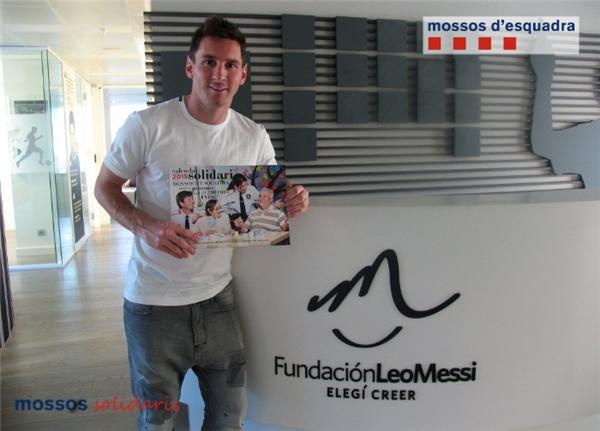 Anh có một quỹ từ thiện mang tên mình: Leo Messi Foundation.