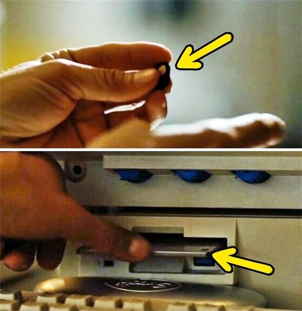 Colombiana (2011): Một viên cảnh sát cầm trên tay một chiếc thẻ nhớ MMC/SD, nhưng ngay sau đó lại nhét một chiếc đĩa mềm vào máy tính. Có lẽ đạo diễn sực nhớ ra rằng năm 1992 (bối cảnh bộ phim) thẻ nhớ chưa ra đời nhưng quên ghi hình lại cảnh trước.